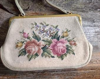Vintage Needlepoint HandBag Floral Design needlepoint/handbag/vintage/eveningbag/purse