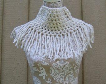 Off-White Cowl with Fringe / Infinity Scarf / White Cowl / Neck Warmer / Fringe Scarf / Crochet Scarf with Fringe /