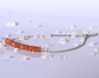 Silver chain bracelet adorned with Sun stone, sunstone, minimal design, thin bracelet