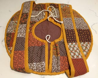 Vintage Quilted Casserole Carrier