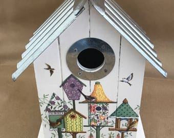 Bird House Nesting Box