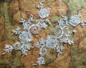 1 Pair Bridal Lace Applique Trim Appliques in Off-White for Weddings,Sashes,Veils,Headpieces, WL877