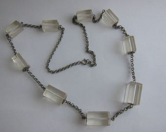 Long necklace 60s plexi and metal in the style of Catherine Noll. Rare