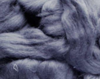Shetland Inky Navy  Wool rovings  100g
