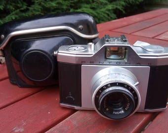Vintage 1956 Pentona II 35mm Camera. Futuristic Aluminium body. Originally designed by Zeiss Ikon.