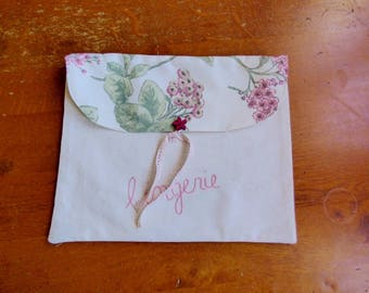 "Dress handkerchief with embroidered lingerie ""lingerie"""