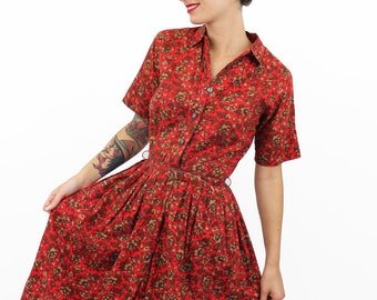 1950s Floral Tea Dress Knee Length with Belt, Red and Tan, Collared, Fit and Flare