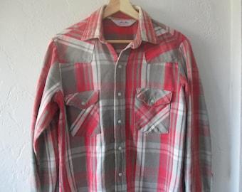 Western Shirt , Western Shirt Men , Pearl Snap Shirt , Vintage Western Shirt , Vintage Western Wear ,  Dakota Western Wear  Shirt Size Med