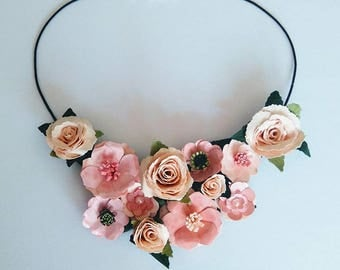 Delicate and romantic necklace bib with various flowers in pink shades, made with paper