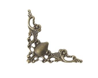 100 decorations / ornaments, corners, 2.2 x 2.2 cm, antique brass