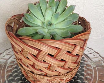 ROUND WICKER BASKET, Wicker Planter, Catch All Basket, Sewing Basket, Entry Table Basket, Plant Basket, Plant Holder