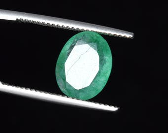 3.35 Ct. Natural Green Emerald Oval Cut Colombian Loose Gemstone, Green emerald for jewelry making, Ring size emerald Gemstone C-3050