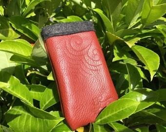 Real genuine leather mobile phone case pocket sleeve burnt design