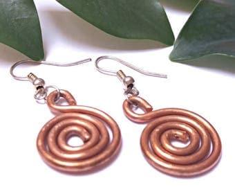 Spiral Earrings, Modern Copper Jewelry, Wire Wrapped Earrings for Women, Small Dangle Earrings for Girlfriend, Copper Anniversary Earrings