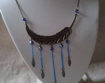 "necklace ""large leaf and blue beads"""