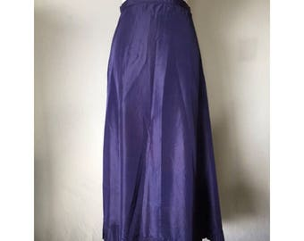 SALE!! Mid century Long Dark Lavender Full Skirt with Pleated Hem