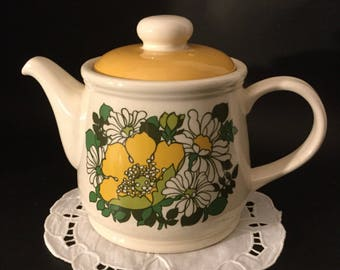 Vintage Sadler Teapot.Retro Daisy Teapot.Made In England.