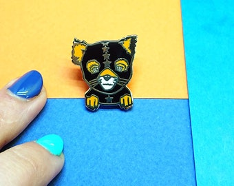 Wes Anderson Fox, Enamel Pin, Fox Lapel Pin, Ash the Athlete, Bandit Mask, Best Friends, Fox Broach, Gold Limited Edition