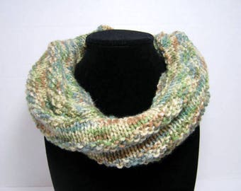 Forest Green Knitted Cowl Scarf in Acrylic Yarn