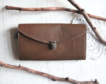 midi || wallet || leather || brown || round.