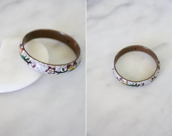 1970's Vintage White Floral Cloisonne and Brass Bangle Bracelet // White and Purple Japanese Floral Bracelet