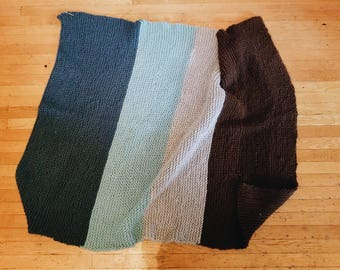 Gradient hand-knit blanket