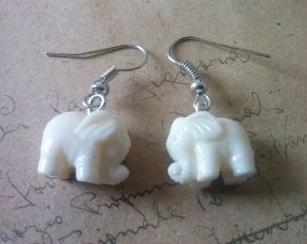 Elephant Earrings ~ Silver Colors ~