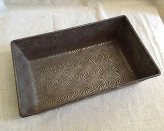 Vintage Ovenex Loaf Pan, Starburst Pattern | Metal Kitchen Bakeware | Cottage Chic, Farmhouse Decor, Rustic Planter