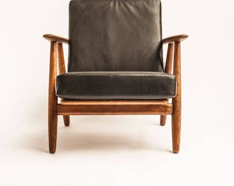The Cigar Chair by Hans J. Wegner