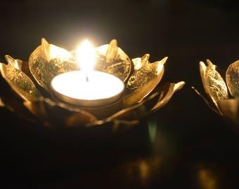 Set of 2 lotus tealight holders, golden metal tealight holders, rustic metal lotus, wedding decoration, romantic dinner, gift, stylish
