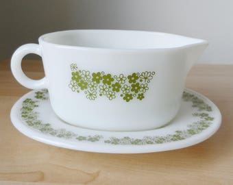Pyrex Spring Blossom Gravy boat with underplate