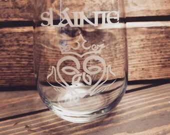 Slainte Wine Glass | Cheers Wine Glass | Irish Wine Glass | St Patrick's Day Wine Glass | Irish Gaelic Gifts | Celtic Toast Cheers | Gaelic