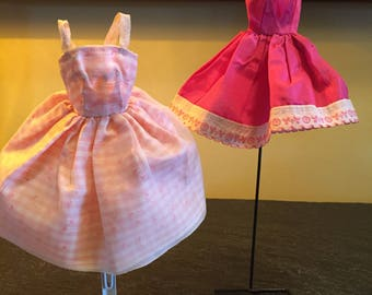 Vintage Barbie doll dresses (2)