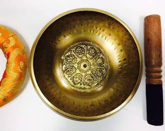 "6"" (Solar Plexus) Tibetan Buddhist Brass Hammer Finished Mantra Singing Bowl - 1 kg ॐ"