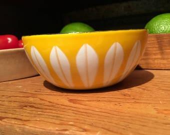 Catherineholm yellow lotus bowl 4 inch