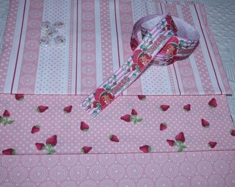 3 FABRIC PATCHWORK PINK AND WHITE WITH BUTTONS AND RIBBON