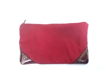 Kit leather and red fabric