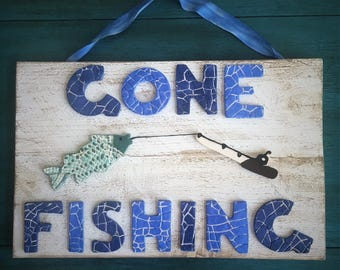 Ceramic Gone Fishing Sign
