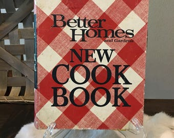 Better Homes and Gardens New Cook Book 1969 Second Printing (Copyright 1968)