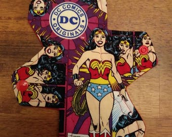 "8"" Wonder Woman cloth pad"