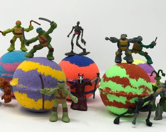 Sale! 7.0 oz Teenage Mutant Ninja Turtle Inspired Bath Bomb Party Favor Set with Surprise TMNT Toy Figures Inside evey bath bomb
