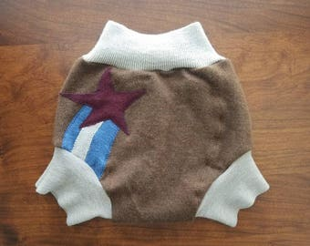 Large (12-24 months) Wool Diaper Cover with Extra Soaker Layer - Shooting Star Applique