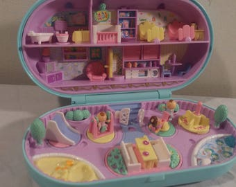 1992 Bluebird Polly Pocket Babysitting Stamper With Dolls