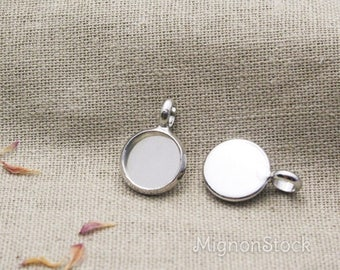 Simple outline - brass, silver - medallions