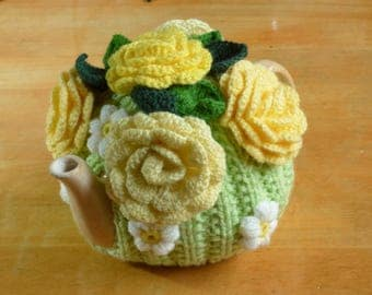 Flower Teapot Cosy / Knitted Teapot Cosy / Yellow and Green Teapot Cosy / Handmade Teapot Cozy