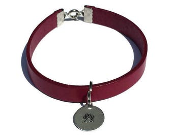Purple Fuchsia leather bracelet with round aluminium pendant or heart-Metal stamping-Leg, two hearts, heart
