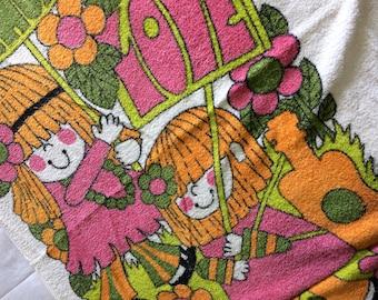 Vintage 1960s Beach Towel Peace & Love Hippies