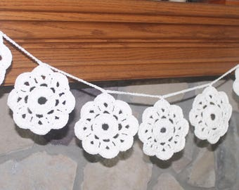 Crochet Mantel Decoration / Crochet Fireplace Decoration / Doily Garland / Doily Bunting / Doily Banner