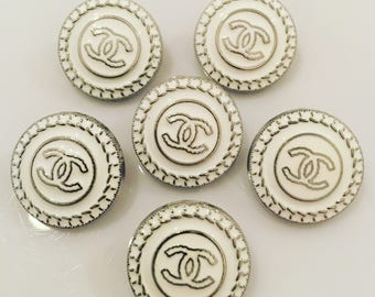 Sale -Set x 6 (20mm) Estate Sale Preowned  Vintage Replacement Pure White and Silver Logo Buttons - RARE