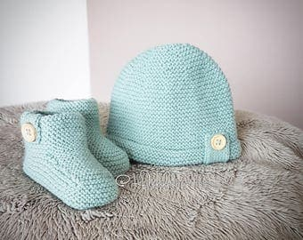 All booties and hat newborn